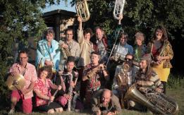 Alpes mancelles activités présente Concert - LE BBV - au domaine du Gasseau à Saint-Léonard-des-Bois le 2017-08-06 15:00:00