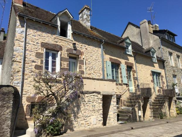 Alpes mancelles activités : Le saviez-vous ? n°10 - FRESNAY-SUR-SARTHE - culture & patrimoine