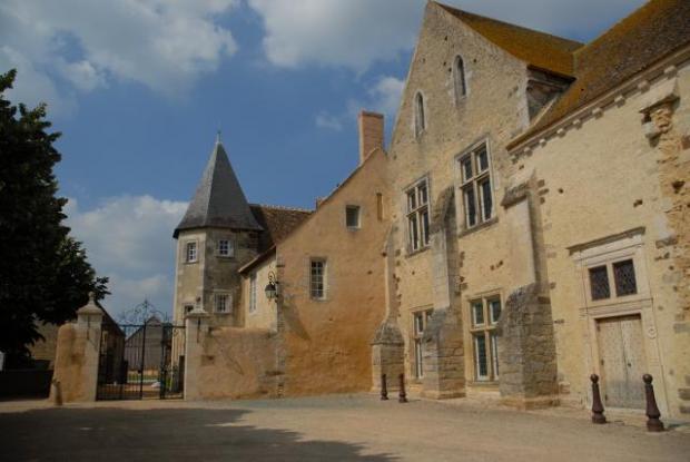 Prieuré Saint-Hippolyte de Vivoin